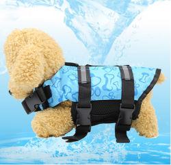 Piscine réfléchissante chien flottante de l'été s'adapter à un gilet de sauvetage
