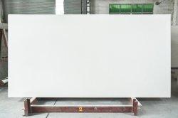 Moda Prezzo basso magazzino Bianco vetro specchio carta da parati quarzo Pietra Mix resina epossidica realizzata in porcellana calcare superficie lucidata Pavimento parete Tile Camino Tile