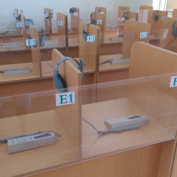 Multimedia Digital Language Lab System per School