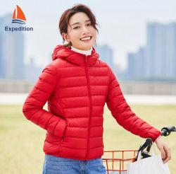 La mujer diseño de prendas de vestir de moda casual chaqueta y chaquetas de invierno y ultra ligera chaqueta para ropa deportiva y ropa de sport