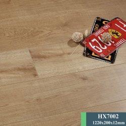 Fabricant de planchers laminés résistant aux rayures de gros des planchers laminés