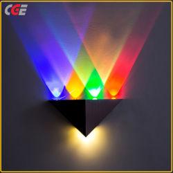 Mur de LED Triangle moderne et lumineux lampes murales LED haute puissance pour la maison d'éclairage de la Décoration de mur Mur de la lampe LED de gros de cloison de lumière externe