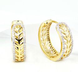 模造宝石類のSwarovskiの水晶宝石類の運命のたがのイヤリング