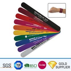 Модные лучшее качество водонепроницаемой силиконовой резины ПВХ линейки стопорное браслет светоотражающие взрослых детей работает спортивных мероприятий на запястье бить стопорное лента с логотипом печать