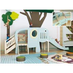 De houten Speelplaats van de Dia van de Olifant van de Kinderen van de Kleuterschool Binnen (hj-1401)
