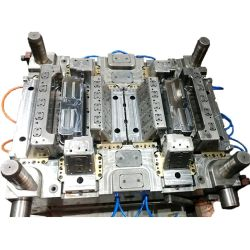 La fabbrica della muffa della Cina progetta stampaggio ad iniezione delle parti di lavorazione con utensili della pressofusione il doppi PP/POM/muffa di plastica per la famiglia/prodotti elettronici