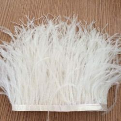 Envío libre del tejido de plumas Blanco, plumas de avestruz recortar