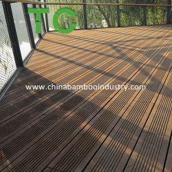 Um deck de bambu, casca de bambu Outdoor piso bambu Piso da Plataforma Natural