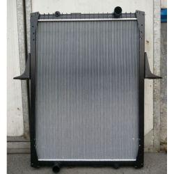 Radiatoren Pemium en Kerax Renault Auto radiator Auto Parts OEM 5001837210/5001856618