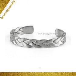 宝石類の Unisex の宝石類 Bangle Bracelet の銀の開いた斜め