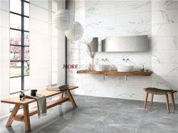 Casa de banho interior em mármore branco com vidro polido azulejos de parede em cerâmica