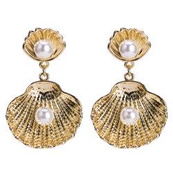 Мода женщин для украшения Pearl Форма оболочки с 18k позолоченными контактами заявление серьги