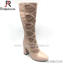 OEM Dama Botas de gamuza de cuero con zapatos de tacón grueso artesanal