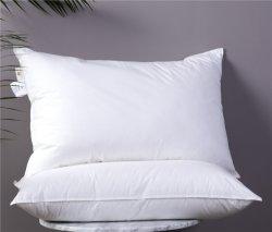 Cuscino di riempimento dell'hotel di Microfiber del poliestere bianco poco costoso all'ingrosso/cuscino dell'ospedale