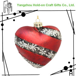 Noël ornement de verre en forme de coeur