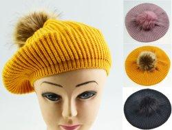 Berretto lavorato a maglia in acrilico BSCI Lady Faux pelliccia berretto