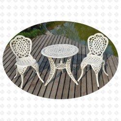 En aluminium moulé de meubles de jardin mobilier extérieur Bistro Bistro Set Set de l'herbe