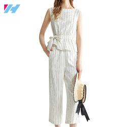 El temperamento de moda femenina para la mujer traje de negocios