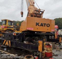 Feito no Japão 30ton 40ton grua montada Veículo Kato veículo rolante para venda