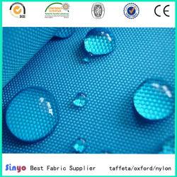O PVC revestido de tecido impermeável leve para capas
