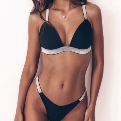 Beachwear sexy dello Swimwear del nuovo di spalla 2019 bikini nero della cinghia