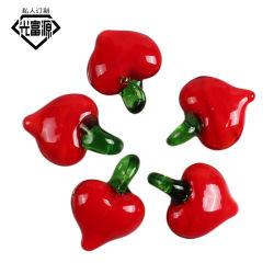 Novos frutos Glacê colorido à mão pendente de pequeno coração vermelho Material Pendente brincos colar produtos Semi-Finished