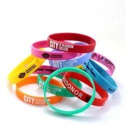 Cheap recyclé personnalisé Équipe sportive bracelet en silicone à l'emballage