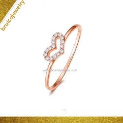 Quartier branché de l'anneau de bijoux en argent sterling Love Heart Design rose 14K Placage or bague en diamant