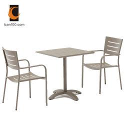 Résistance aux températures élevées chaises et table à manger de l'aluminium mobilier restaurant (je peux-2011 Un jeu de bras)