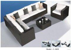 高品質の部門別の角のソファーが付いている屋外の庭の藤の家具セットおよび単一の椅子および表