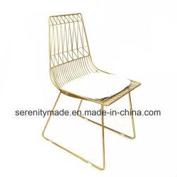 Mobilier moderne en plein air de l'événement empilable chaise de salle à manger de l'or sur le fil de métal
