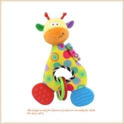 赤ん坊の振鈴のベッドのハングのラッセル音のプラシ天の動物の教育おもちゃ