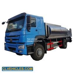 De Vrachtwagen van de Verdeler van het Asfalt van het Onderhoud van de Wegen van de Tanker van Sinotruk 8000L