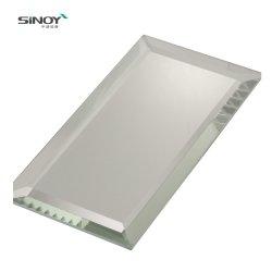 La coupe personnalisée Floor Wall Bevel Edge Miroir art bord poli miroir sans cadre en verre anti brouillard
