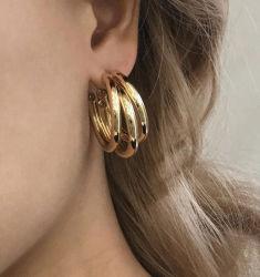 Spanien-moderne Ins übertriebene Entwurf Drei-Ring Kreis-Ohrring-Ring-einfache Kettenlichtbogen-Ohrringe