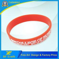 Het Silicium van de Manier van de douane/de Armband van het Silicone Rubber/PVC/Printed/Embossed/Debossed/Luminous met Embleem (xf-WB14)