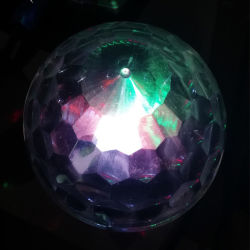 Verlichting van de Disco van de Partij van de Bal KTV van het Kristal van het LEIDENE UFO van Lichten de Magische