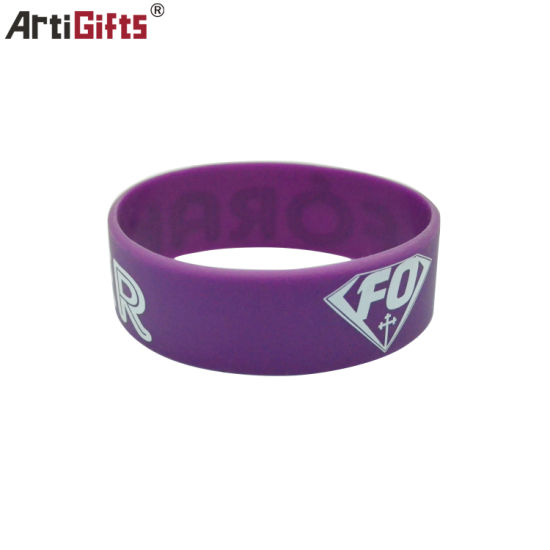 Factory Direct Sale Mixed Color Wristband for Festival Wristband pictures & photos