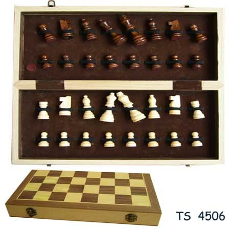 Wooden Toys, Wooden Chess, Wooden Games pictures & photos