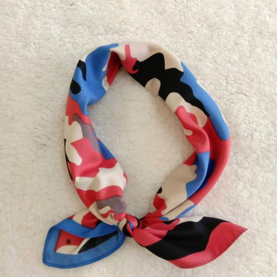 BSCI Women Camo Pattern Polyester Satin Scarf Wristband Hair Accessory pictures & photos