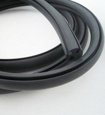 EPDM, TPE, Silicone, Viton, NBR, Neoprene Rubber Seal Strip pictures & photos