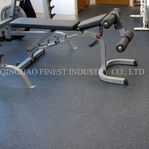China Commercial Grade Rubber Flooring With High Density For Gym