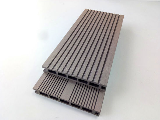 Low Cost Wooden Patio Decking Wood Plastic Composite WPC Floor Board