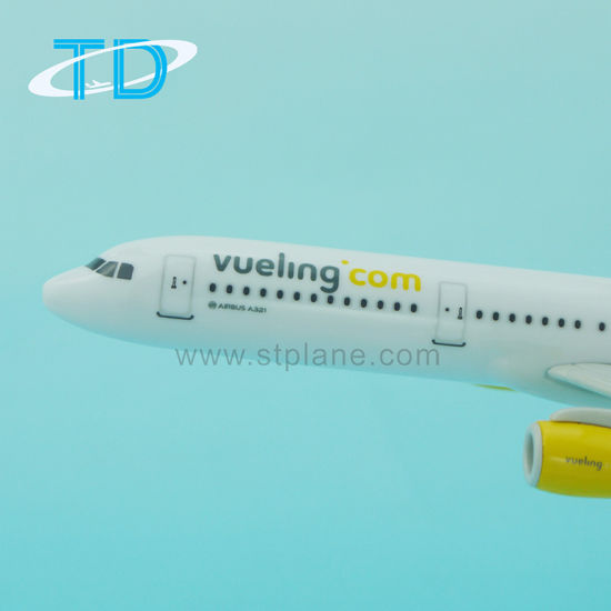Hot Sale Airbus A321neo Vueling 22cm 1/200 Plastic Model Kits pictures & photos