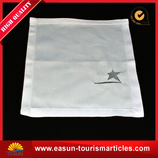 Professional Overlay Hotel Table Cloth with Hand Embroidery