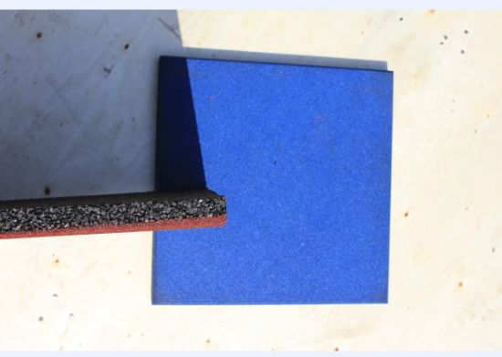 Recycle Rubber Tile/Playground Rubber Tiles/Colorful Rubber Paver pictures & photos