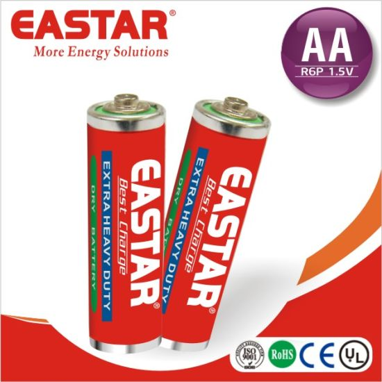 Carbon Zinc Dry Battery AA Size R6 1.5V Battery pictures & photos