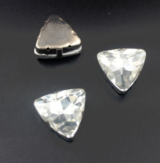 559c75192b China Triangle Crystal Beads Crystal Fancy Stones in Claw for ...