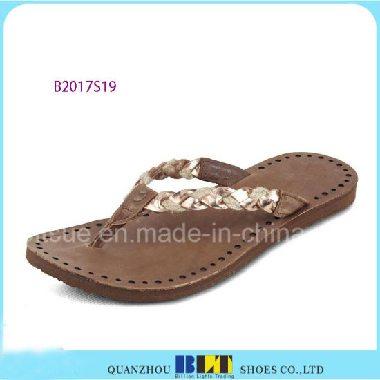 Latest Indoor Rubber Sole Slippers for Women pictures & photos