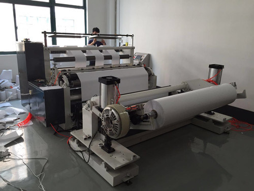 Roll Slitting and Rewinding Machine pictures & photos